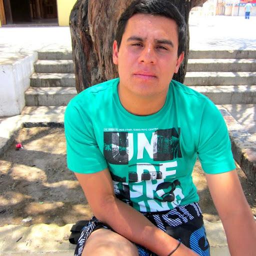 Gustavo Riquelme Photo 10