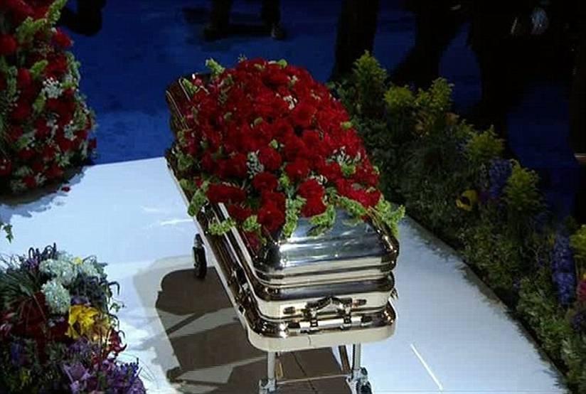 Michael Jackson casket