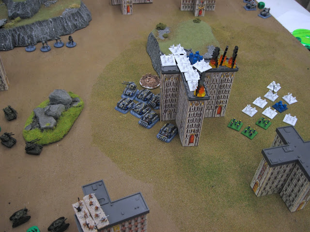 Craig's IG (auxillery units pressed into service from Tim's Forgeworld) take on Eric's Guard.