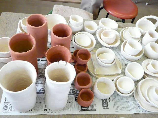 色塗りをし、本焼き後に完成です