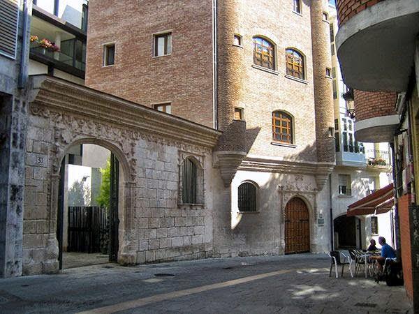 Albergue de peregrinos municipal Casa del Cubo, Burgos, Camino de Santiago