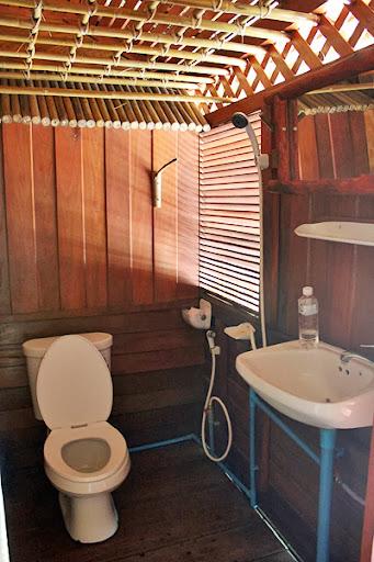 river kwai jungle rafts hotel, kanchanaburi river hotel reviews