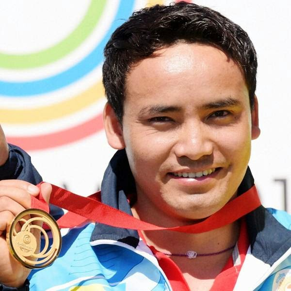 Shooters Jitu Rai and Gurpal Singh opened India's medal count on Monday by clinching the men's 50-metre pistol gold and silver respectively in the finals of the Commonwealth Games at the Barry Buddon Shooting Centre.