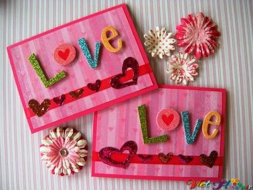Thiệp và hoa cho ngày lễ tình nhân