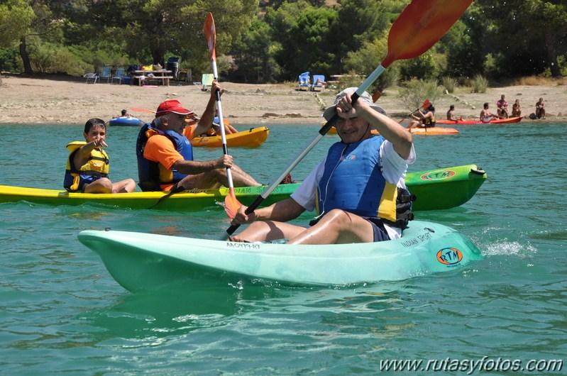 Kayak en el Embalse Conde del Guadalhorce