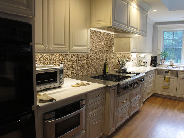 """Base cabinets/counter 27"""" deep, pros /cons?"""