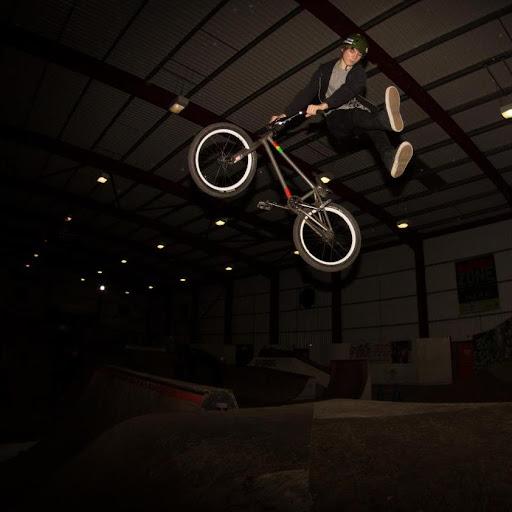 Ross Dunbar Photo 15