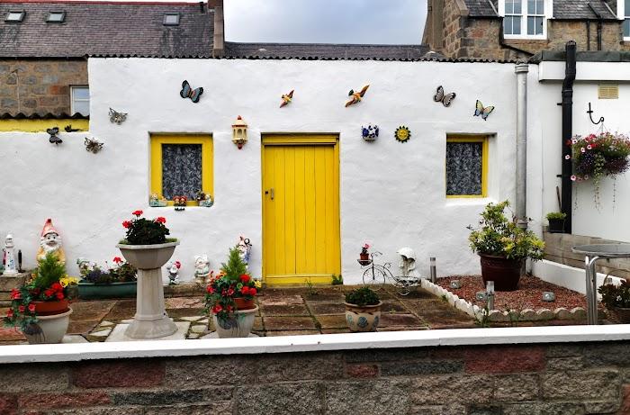 Tiny Home Designs: Aberdeen • Cat Morley