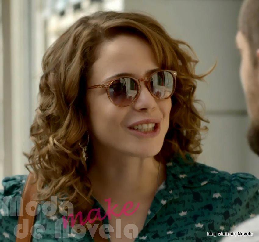 moda da novela Império - óculos de sol da Cristina dia 23 de setembro
