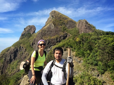 Pico de Loro-Esay Querubin-Paulo Subido