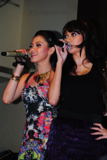 FOTO VICKY SHU LAUNCHING ALBUM DRINK ME