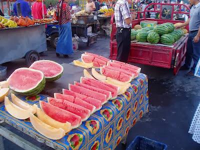 シルクロード旅行記・新疆ウイグル|フルーツ天国
