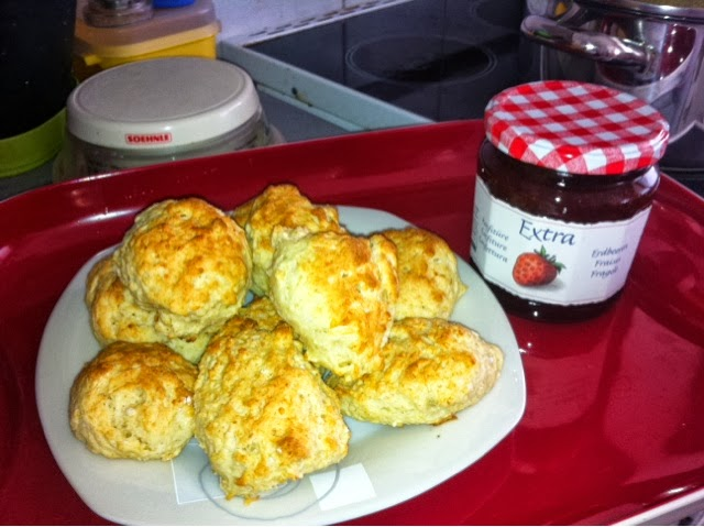 Patty fait sa cuisine scones au fromage - Samantha fait sa cuisine ...