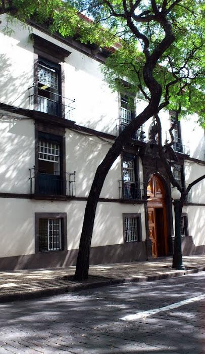 an historic building in Zarco avenue