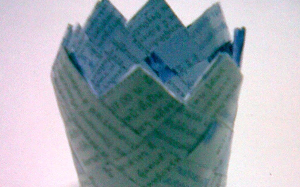 How To Weave A Basket With Paper Strips : How to weave quot basket from paper or plastic strips d