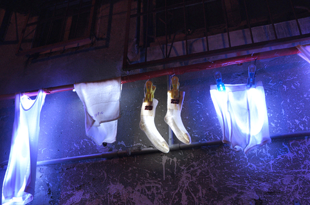 Glowing Line Drying Laundry Installation by Li-Hsin Wang