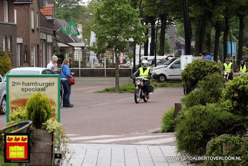 Zundapp rondrit Pauze bij Cafetaria Happy Corner overloon 18-05-2013 (8).JPG