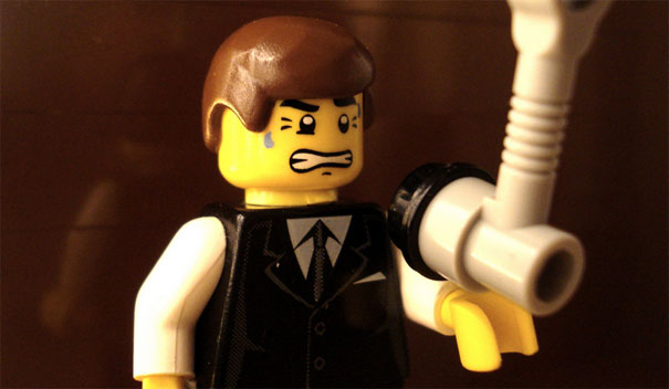 15 Famous Movie Scenes Recreated in Lego 13
