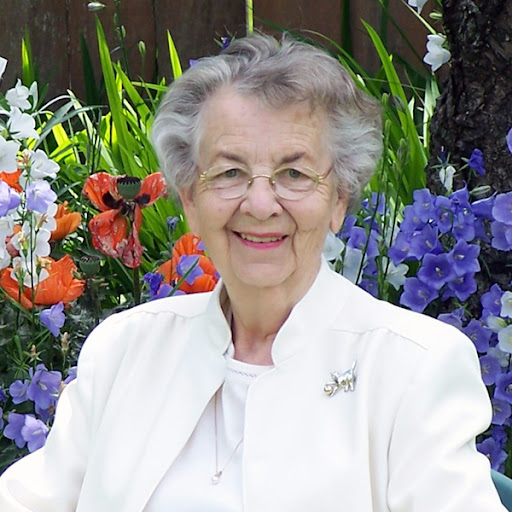 Daphne James