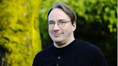 """Linus Torvalds a Red Hat: """"Esto no es un concurso para mamar huevos"""""""