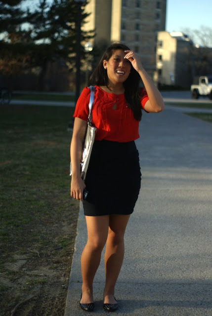Southern Street Style, Virginia Street Style, black skirt with red blouse