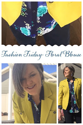 Fashion Friday- Floral blouse, The Style Sisters