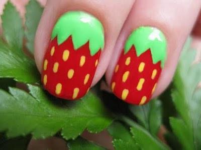 diseños uñas fresa