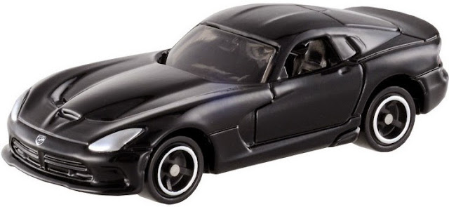 Ô tô mô hình Tomica 11 SRT Viper GTS màu đen có kích thước nhỏ xinh và đẹp mắt