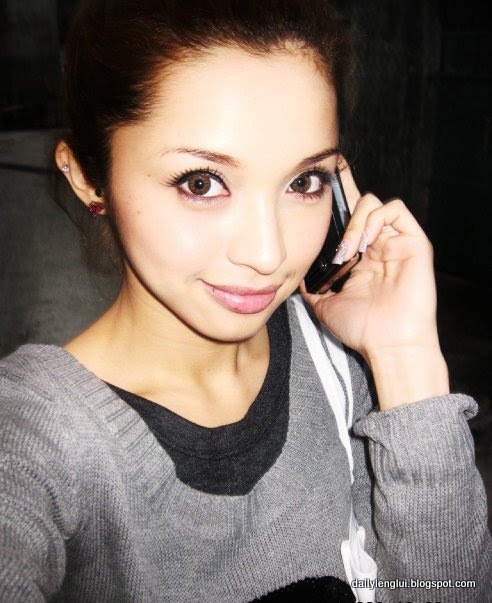 Annie G - Hong Kong