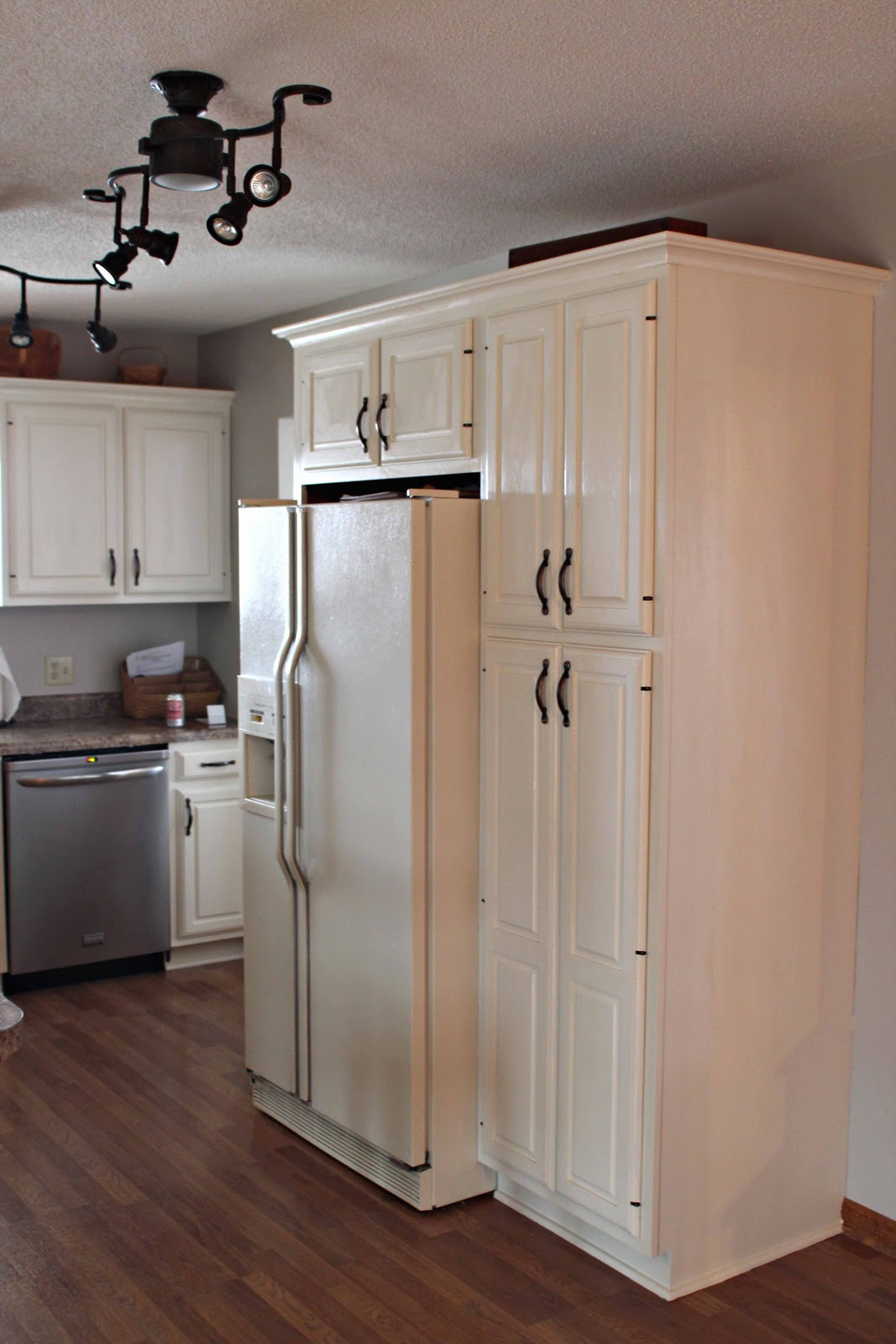Girls In The Garden Kitchen Redo Painted Cabinets