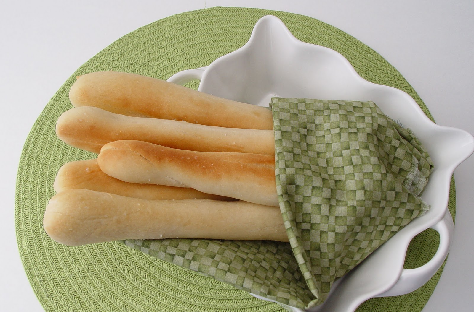 Olive Garden Breadsticks | Jamie Cooks It Up - Family Favorite Food ...