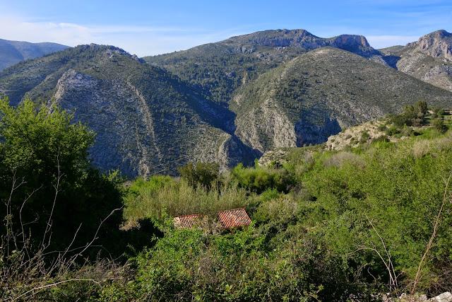 LA CATEDRAL DEL SENDERISMO  La Vall de Laguar (Alicante