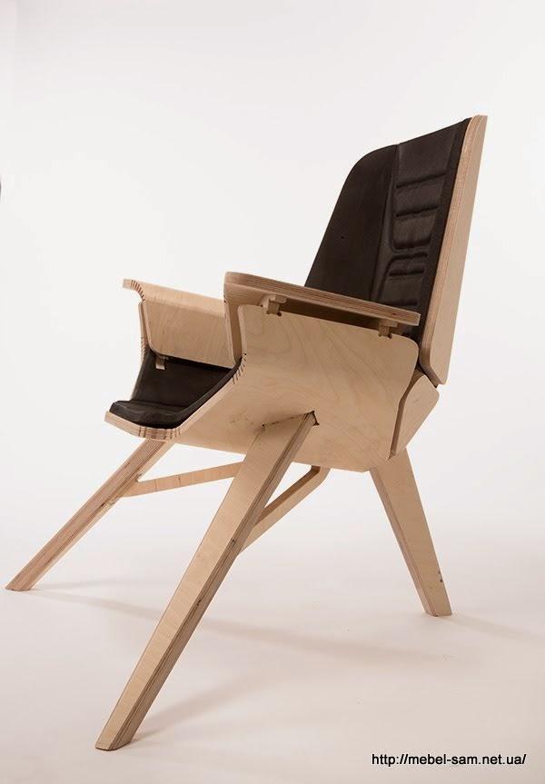 Сиденье, боковины и спинка кресла выполнены из одной детали листовой фанеры
