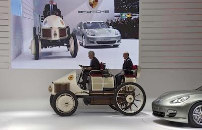 Первый гибридный автомобиль Porsche Semper Vivus