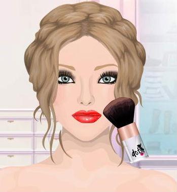 taylor swift eyeliner. Wear black eyeliner on the