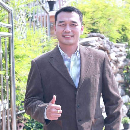Jake Liu Photo 25
