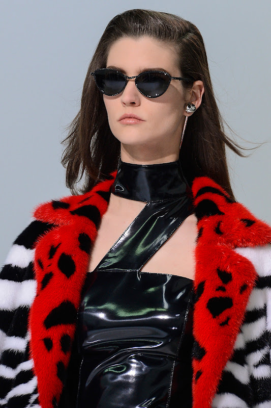 Milan Fashion Week: Versace Sunglasses Fall / Winer 2013 – 2014