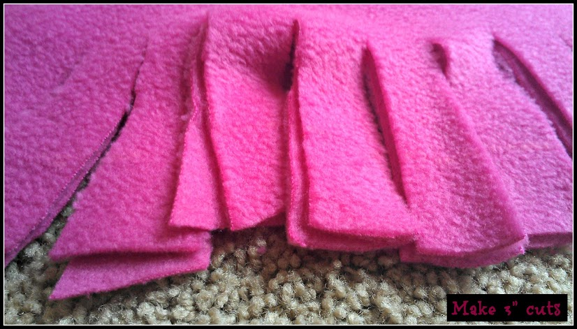 DIY Crafts - Valentine's Day Knotted Fleece Pillow