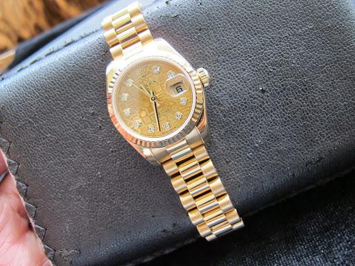 Bán đồng hồ rolex datejust Nữ – model 179178 – Dây vàng 18k – mặt vi tính hạt xoàn – size 26mm