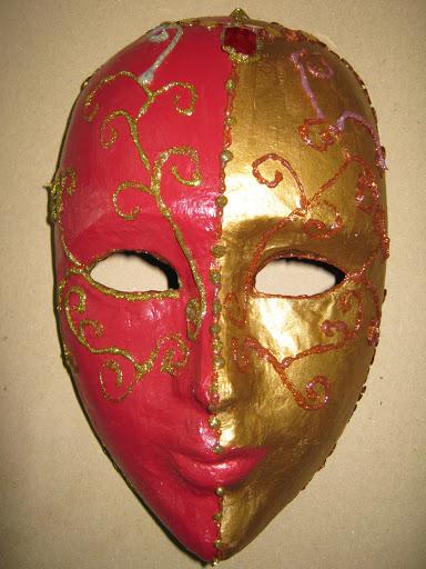 Maskers schilderen op buurvrouwendag 025.jpg