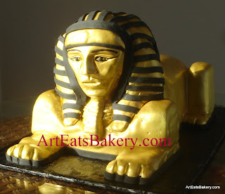 Gold and black fondant 3D Sphinx custom creative groom's cake design