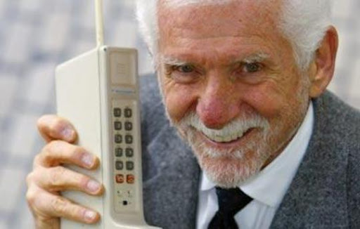 Martin Cooper, el inventor del teléfono móvil