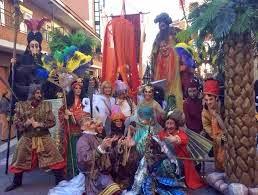 Miércoles, 18 de Febrero Entierro de la Sardina, Teatro de calle, Gran Quema de sardinas y peleles, Gran Baile de Despedida.