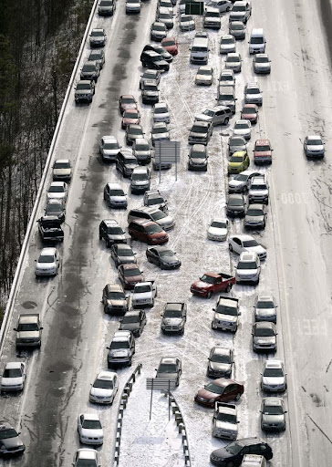 snow%20turns%20atlanta%20highways%20into%20parkinglots