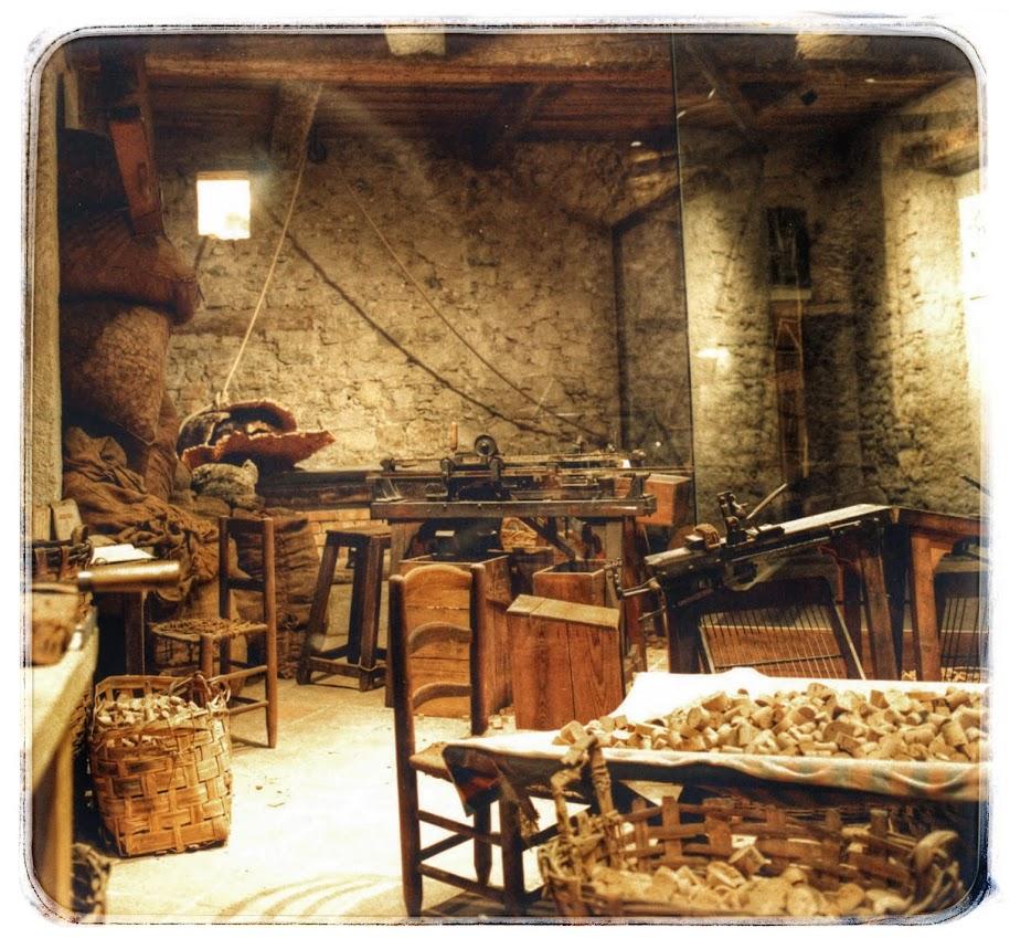 musee_des_arts_et_traditions_populaires_provencales-DRAGUIGNAN_bouchonnerie_photo_musee_ATP_Dracenie-var-provence