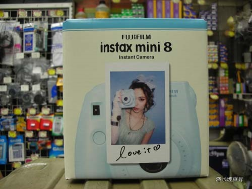 Fujifilm Instax Mini 8 Instant Camera Loveit 原裝行貨. 保用一年