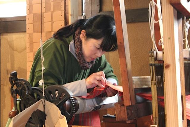 japanese sash weaver, japanese textiles