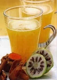 resep membuat jus mengkudu campur rempah