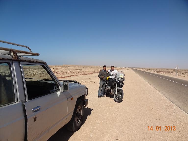 Marrocos e Mauritãnia a Queimar Pneu e Gasolina - Página 5 DSC05827