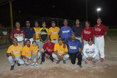 Equipo Rayos del torneo nocturno de softbol